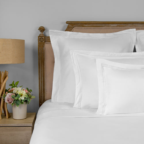 Stitched Frame 8 Piece Bundle - 1800 Thread Count Ultra Comfort Sheets