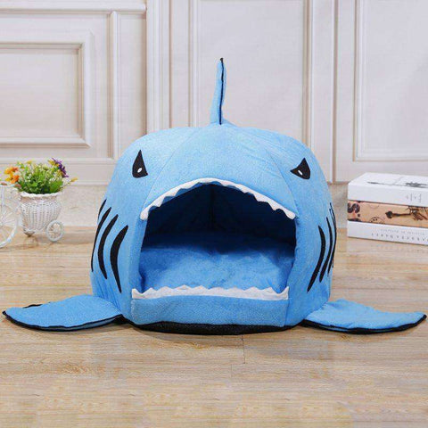 Image of Panier en forme de requin -  - Lovely bouledogue