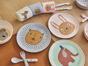 Make Mealtimes Fun with Kid's Tableware
