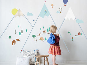 Create Stand Out Decor with Eye-catching Wall Features