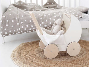 Dolls Cots & Prams