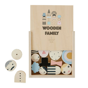 Wooden Family Mobile by OYOY Mini - minifili