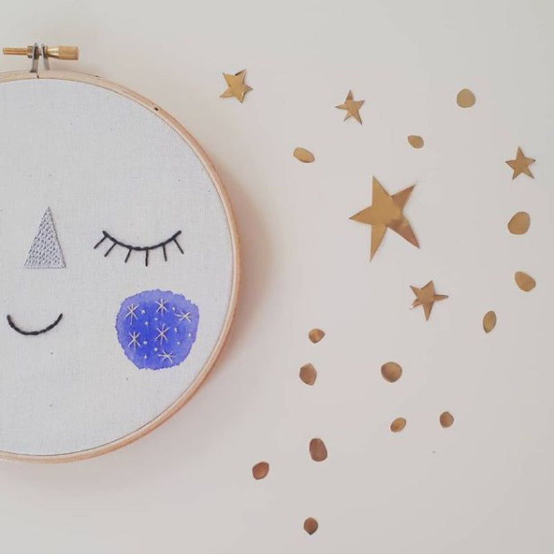 Baby Moon Decorative Embroidery by Estudio Rio - minifili