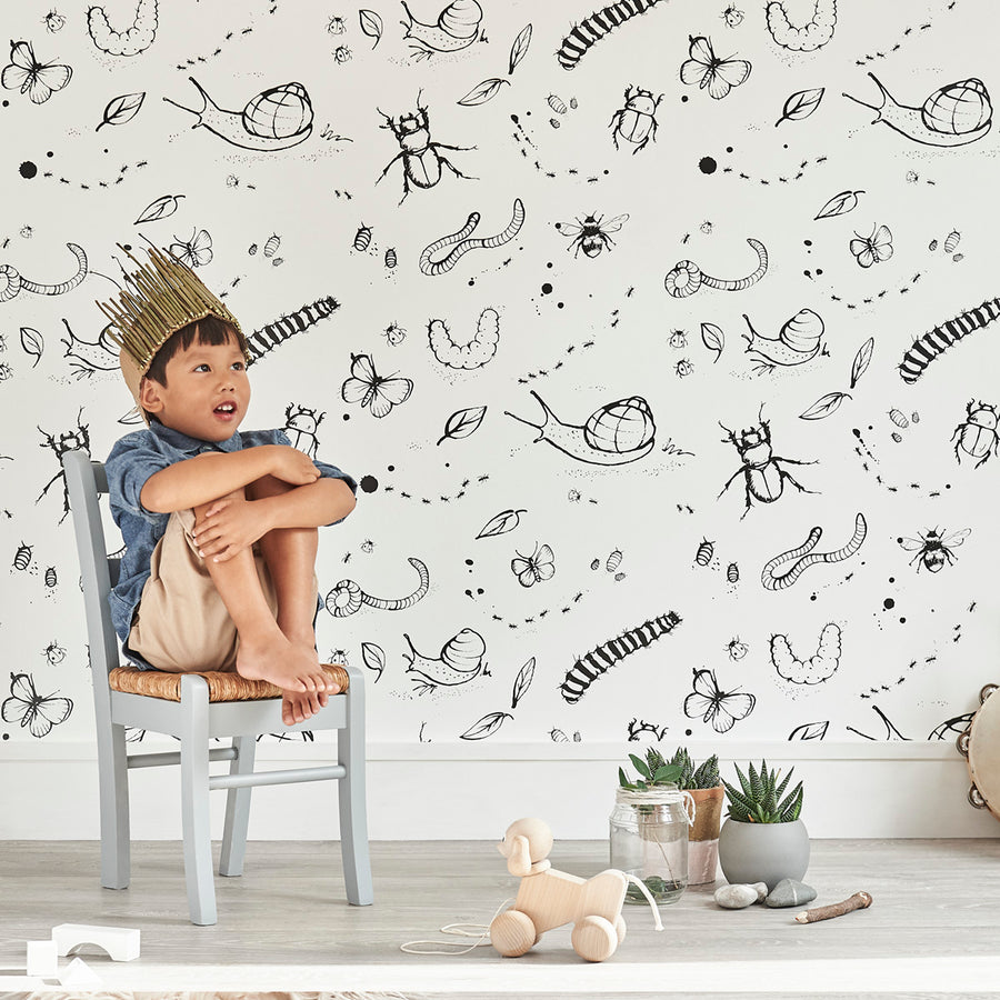 Mini Beasts Wallpaper White by Bear & Beau - minifili