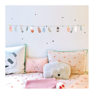 Feathers Garland Wall Decal by MIMI'lou - minifili
