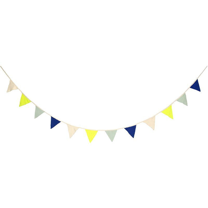 Meri Meri - Knitted Flags Garland Blue
