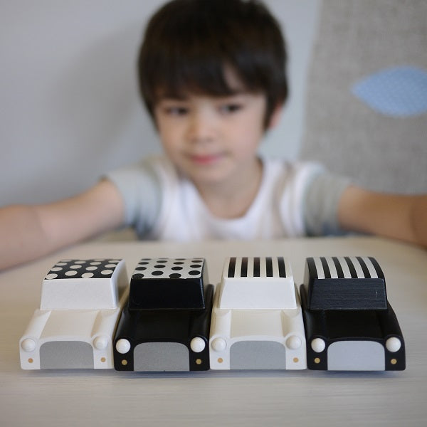 Kuruma Pullback Car Stripes White by kiko+ and gg* - minifili