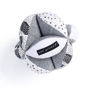 Sensory Puzzle Ball by Wee Gallery - minifili