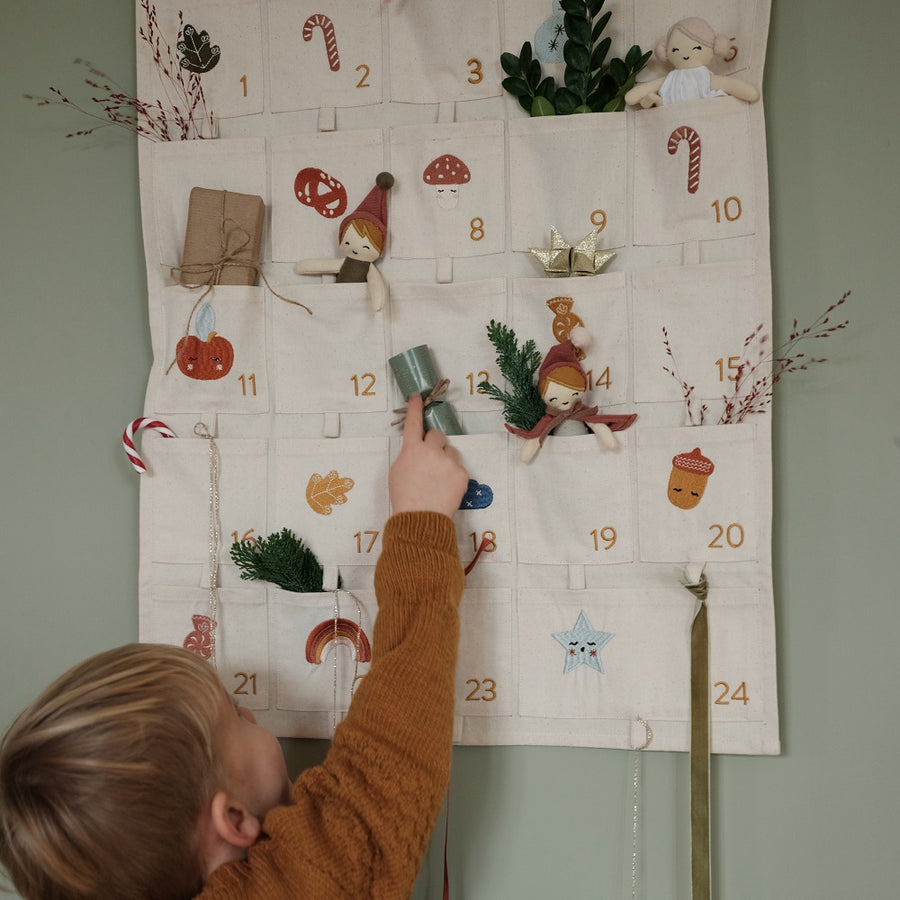 Embroidered Advent Calendar by Fabelab - minifili