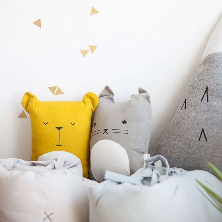 Animal Cushion Cuddly Cat by Fabelab - minifili