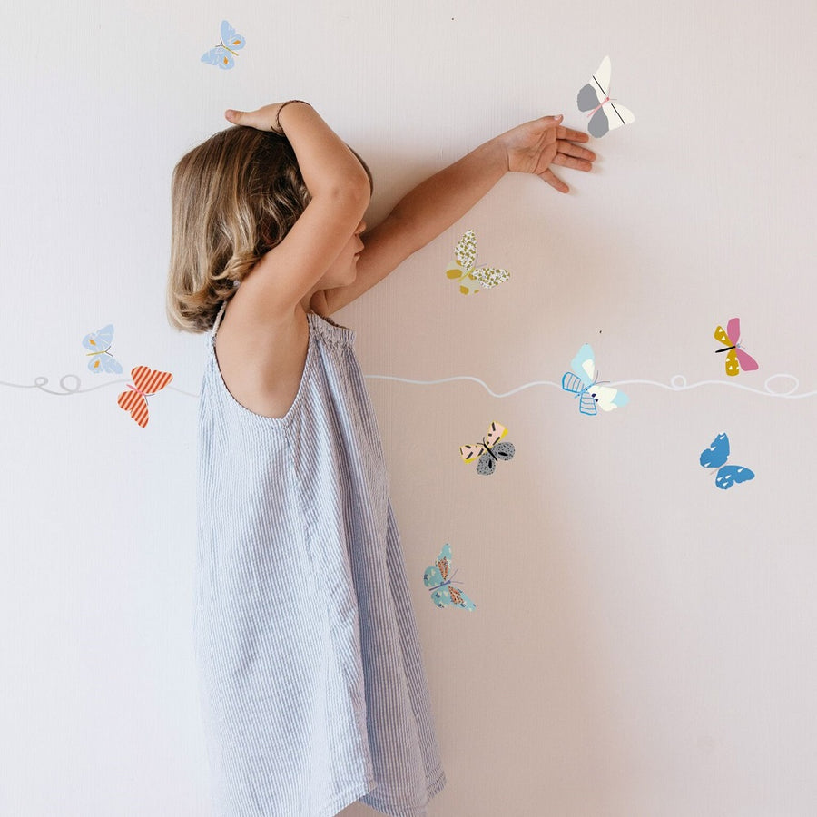 Butterflies Border Wall Decal by MIMI'lou - minifili
