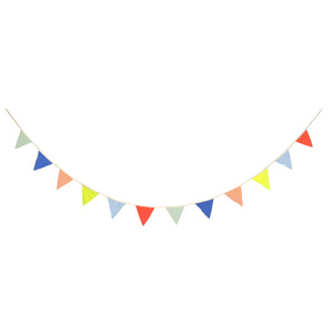 Multi Colour Knitted Flags Garland by Meri Meri - minifili