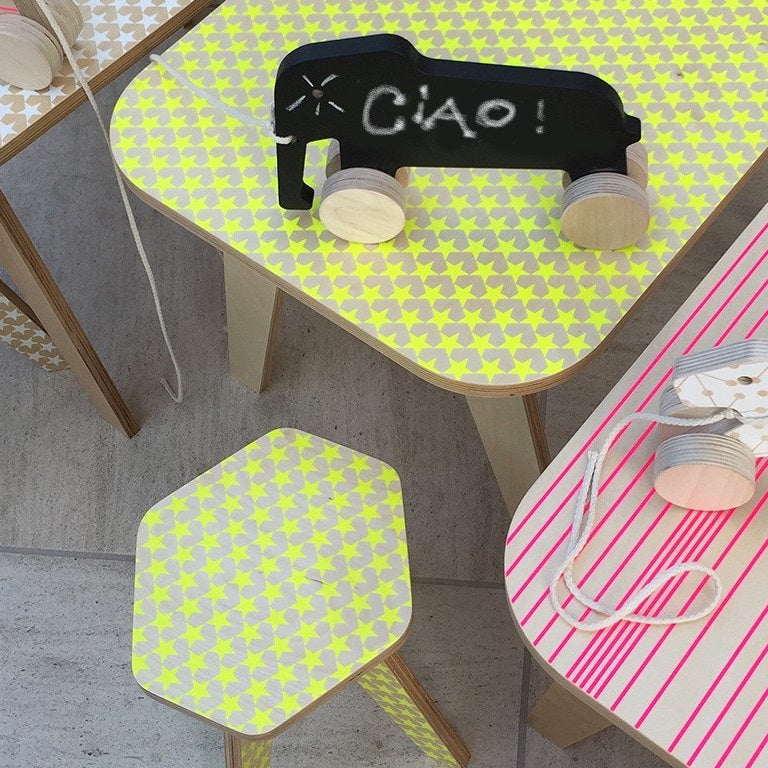 Office Table Yellow Stars by Studio delle Alpi - minifili