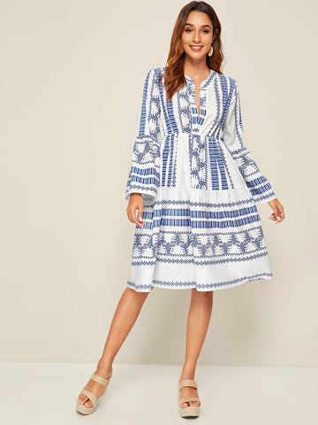 Emma Clothing Women M Aztec Print Notch Neck A-line Dress