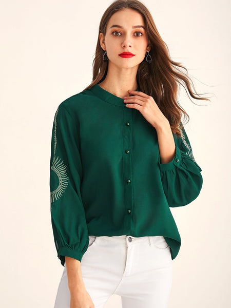 Emma Clothing Women XXL Embroidered Sleeve Button Front Blouse