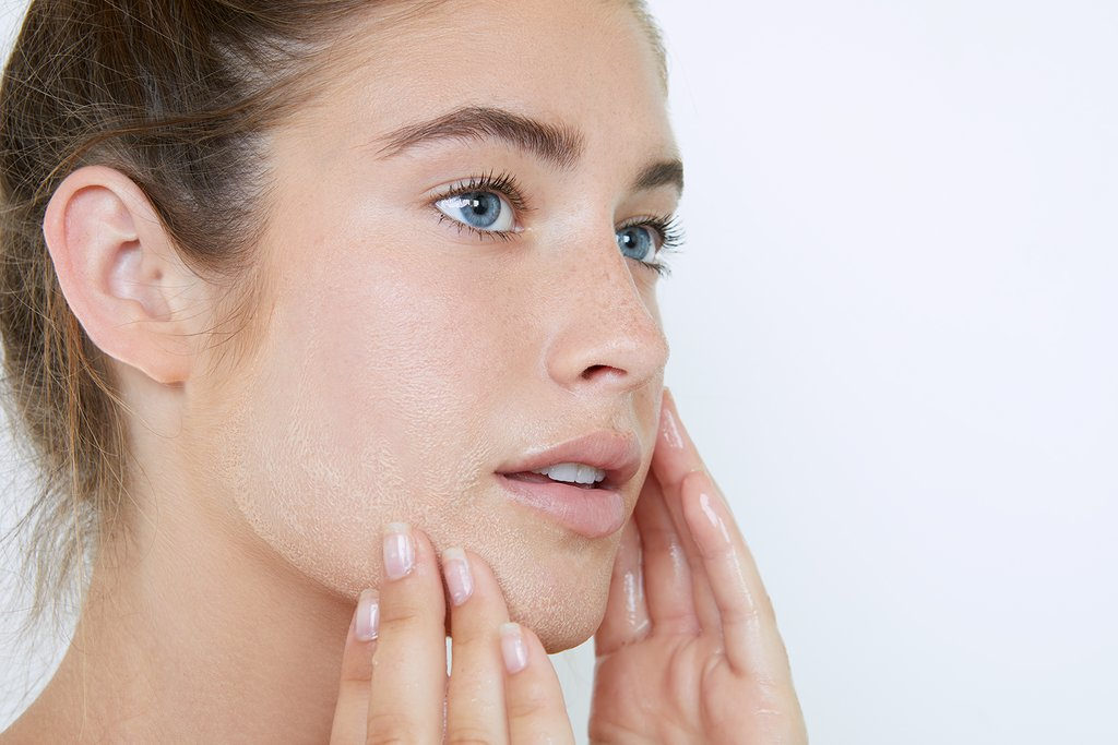 Treat your dry sensitive skin in a right way