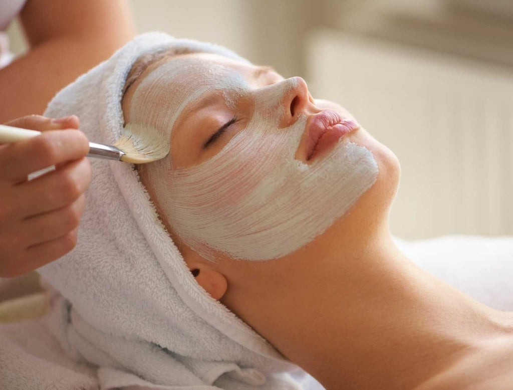 Two homemade masks to strengthen the skin