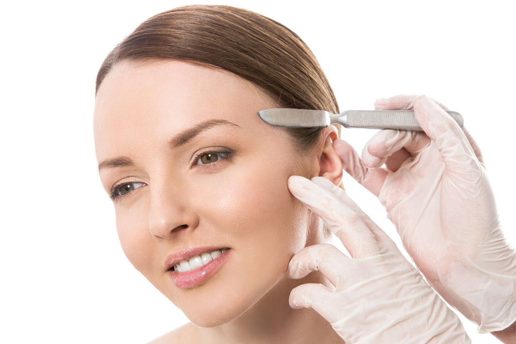 Dermaplaning is the secret to bright, smooth skin you never knew about