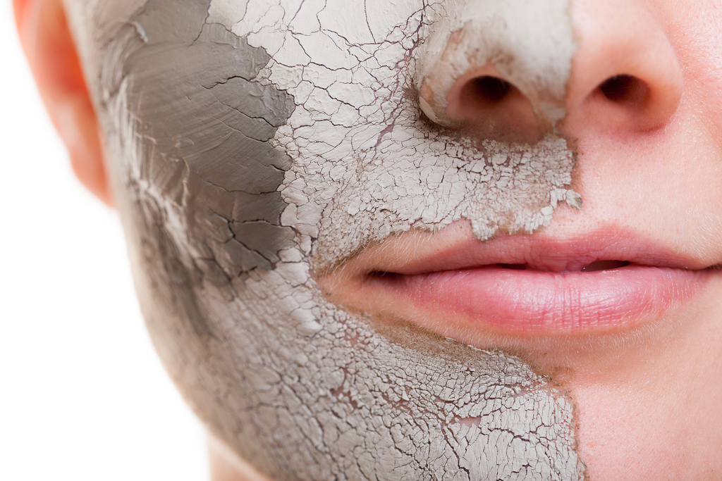 Bentonite clay - a natural antibiotic for skin cleaning and detoxification