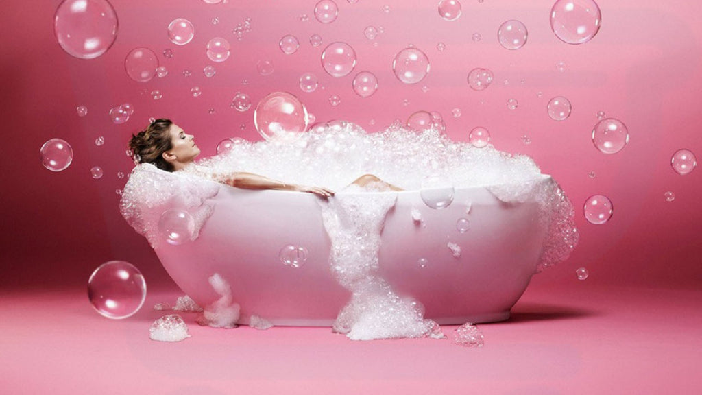 Homemade bubble bath your skin desperately needs