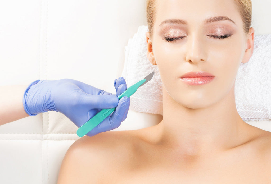 Choose dermaplaning for radiant skin complexion