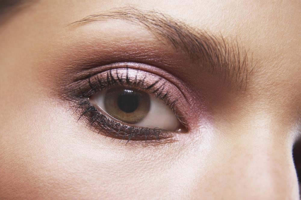 What color of eyeshadow for your eyes?