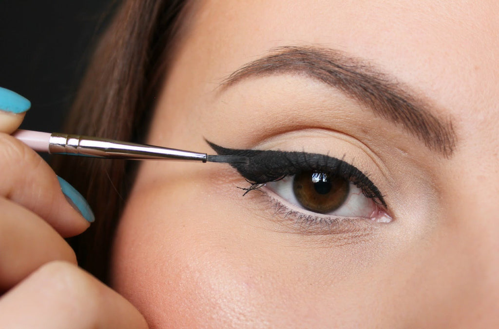 Everything you need to know about the eyeliner