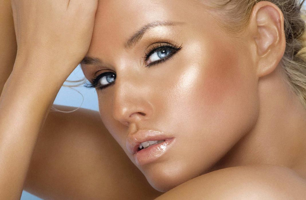 How to fake a tan with only makeup?