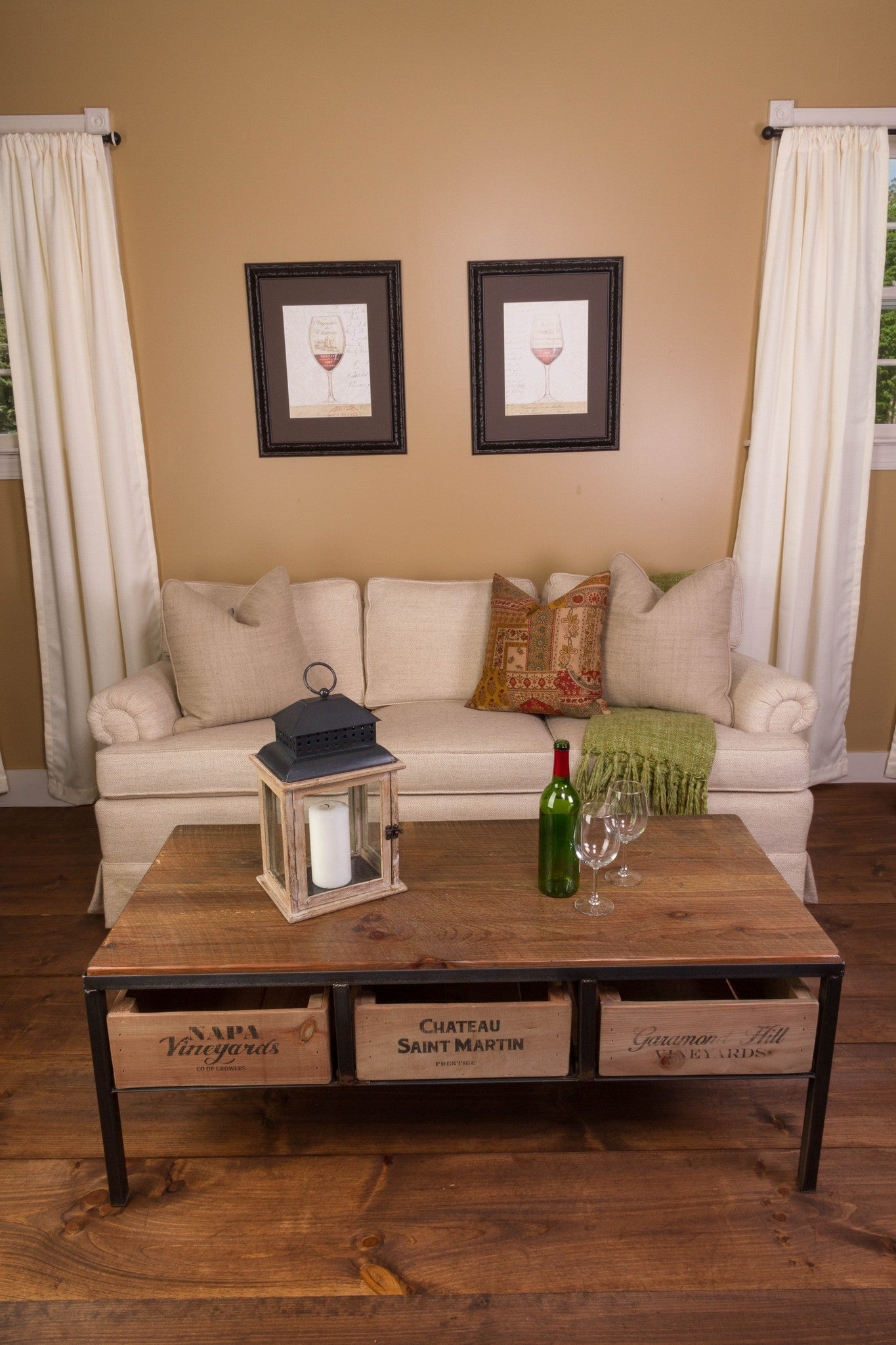 Vino Vintage Coffee Table - Donachelli's Cellars