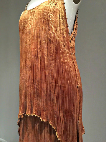 fortuny pleating detail how fabric is pleated fashion apparel
