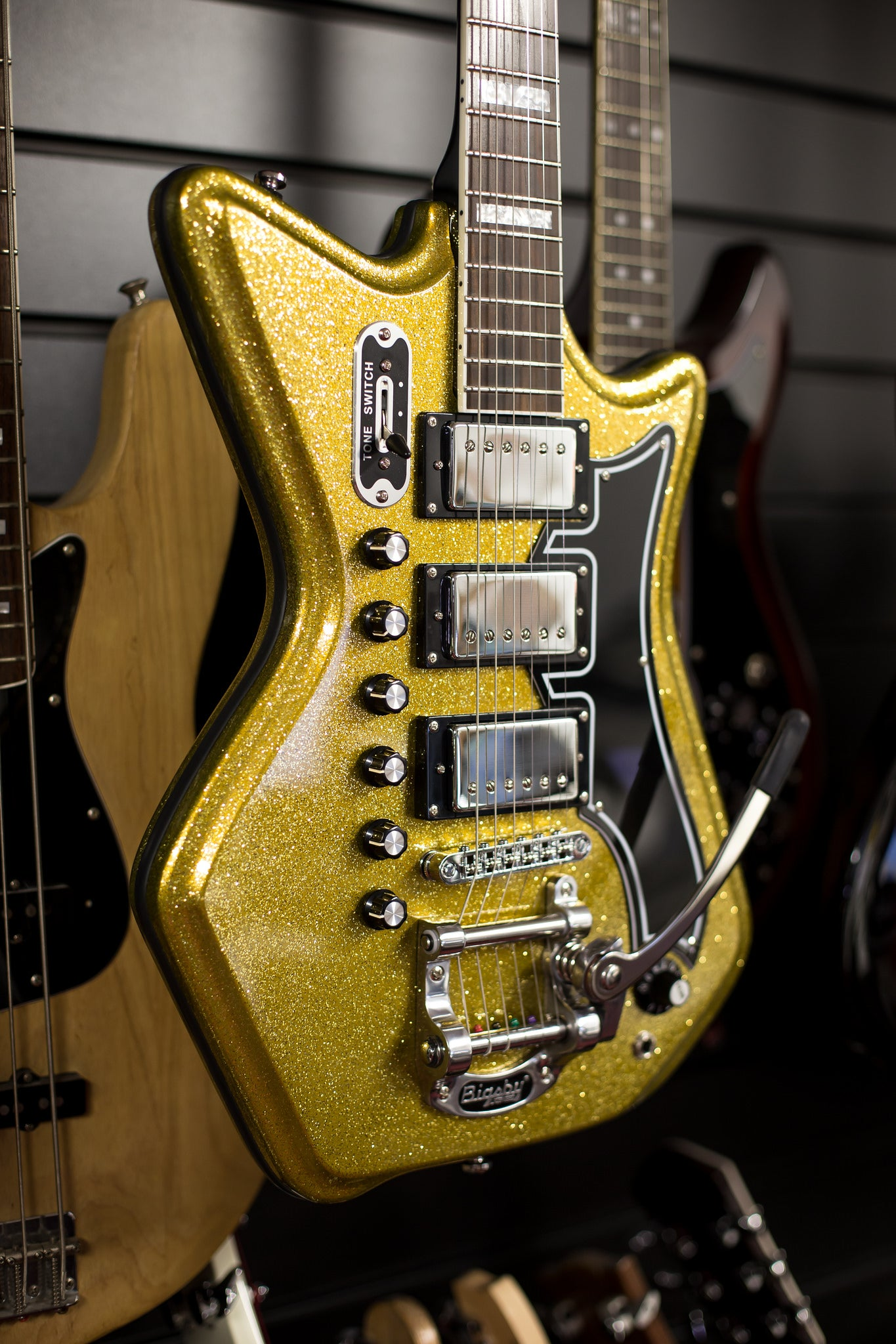 Airline Gold Sparkle