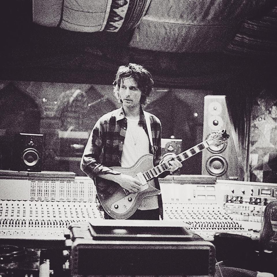 Nick Valensi with his Rivolta Combinata