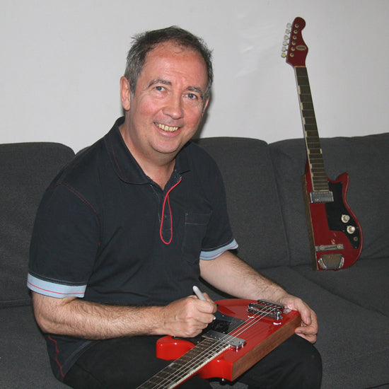 Pete Shelley signing an Eastwood P{ete Shelley Signature Starway