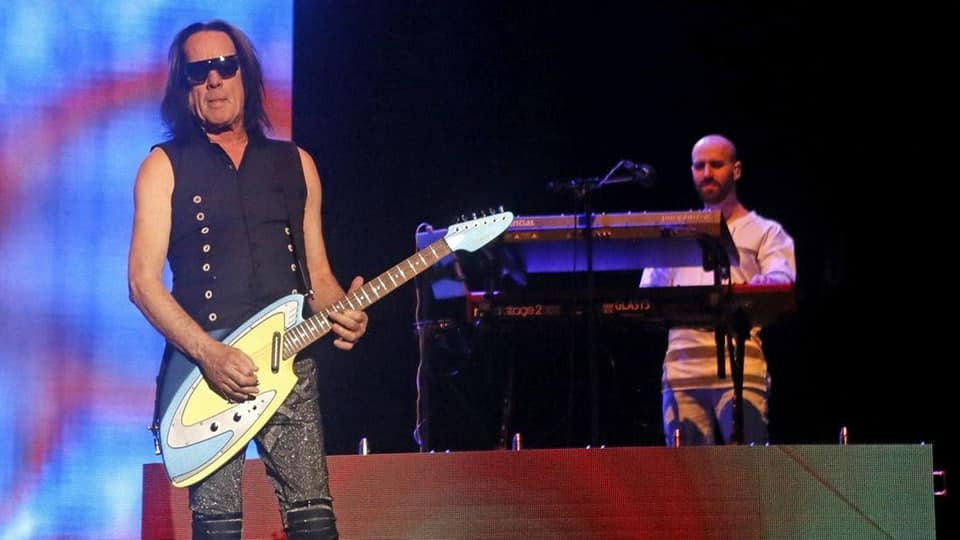 Todd Rundgren Utopia tour with Backlund Guitar