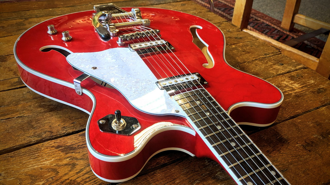 Eastwood Guitars Astral II Red Head Back