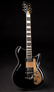 Eastwood Guitars Rivolta Combinata XVII Toro Black Full Front