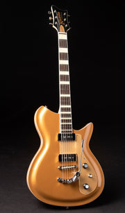 Eastwood Guitars Rivolta Combinata XVII Gold Top Full Front