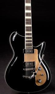 Eastwood Guitars Rivolta Combinata XVII Toro Black