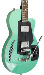 Eastwood Guitars Wandre Soloist 2P Green Player POV
