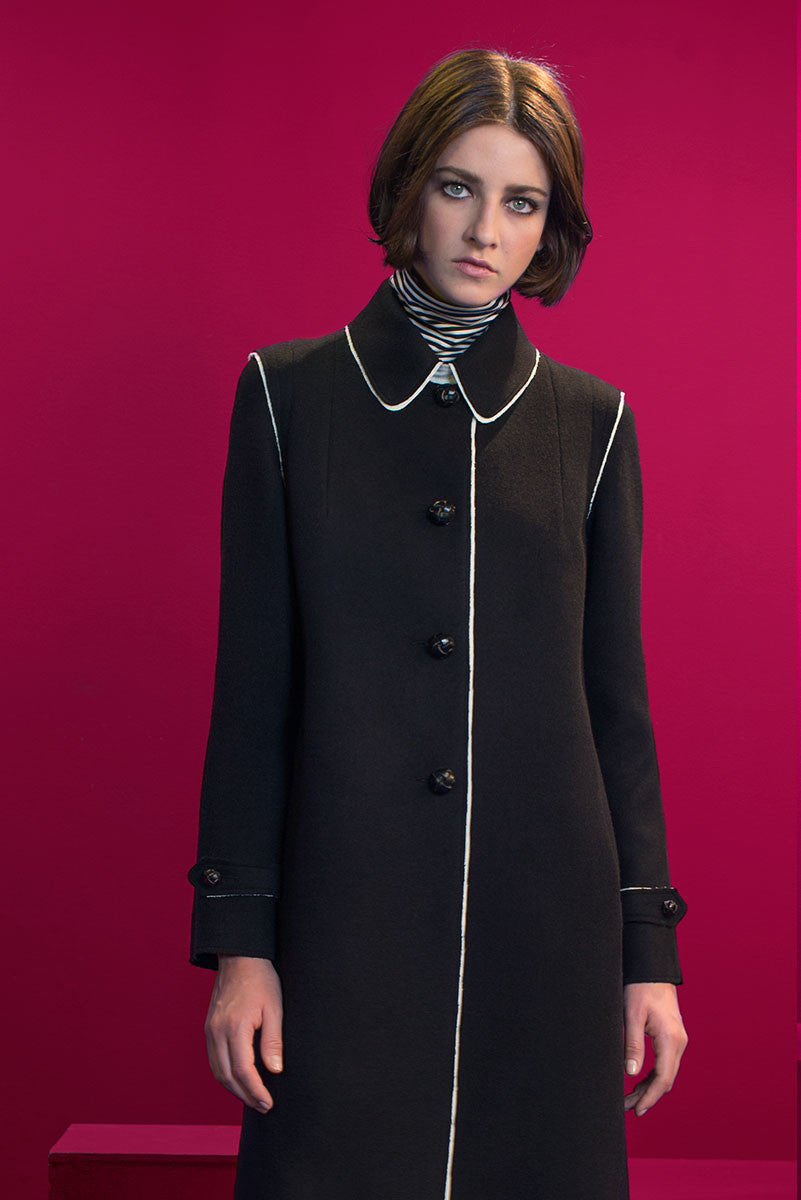 Raw-edges loden coat in two-coulored black/white