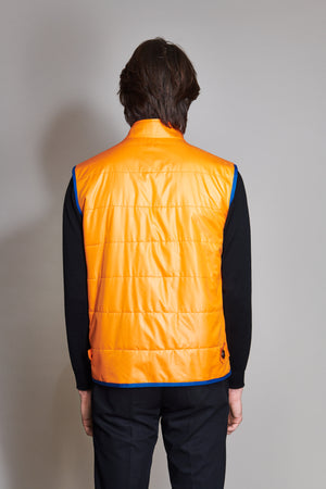 Nylon quilted vest reversible in nylon.
