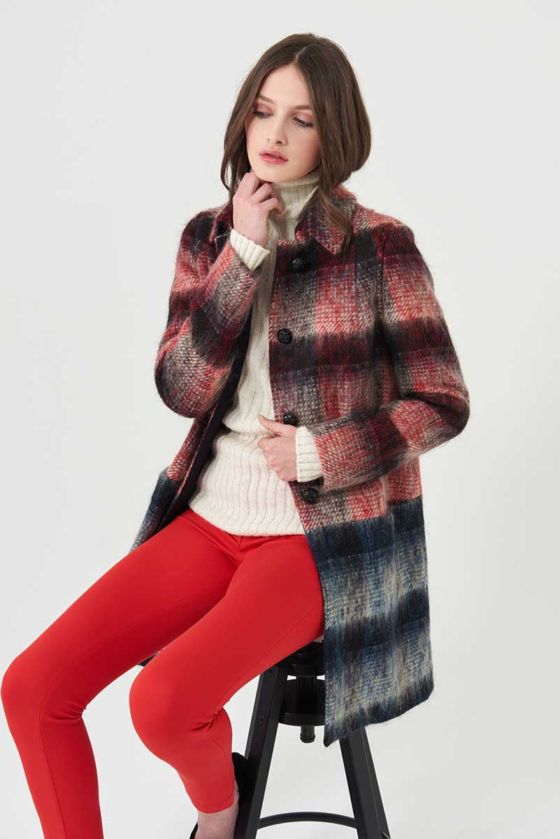 Coat in bicolour check fabric