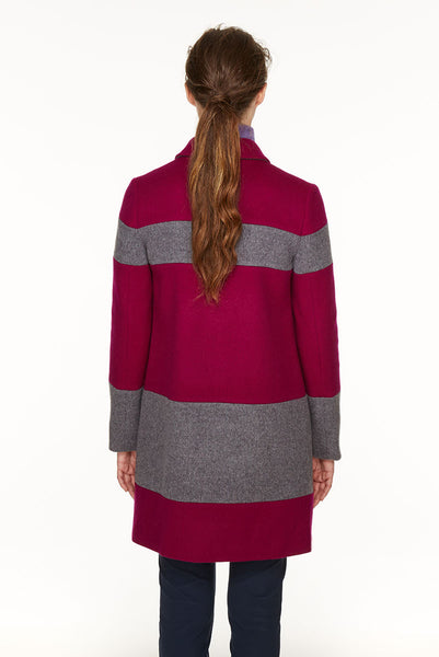 Striped coat in loden fabric.