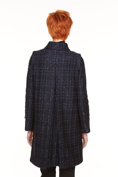 Loden coat in broccade with paillettes.