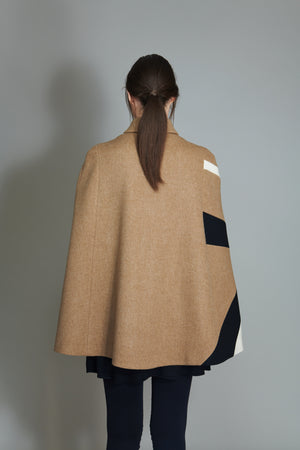 Cape in 100% extra-fine merino wool with Rays intarsia.