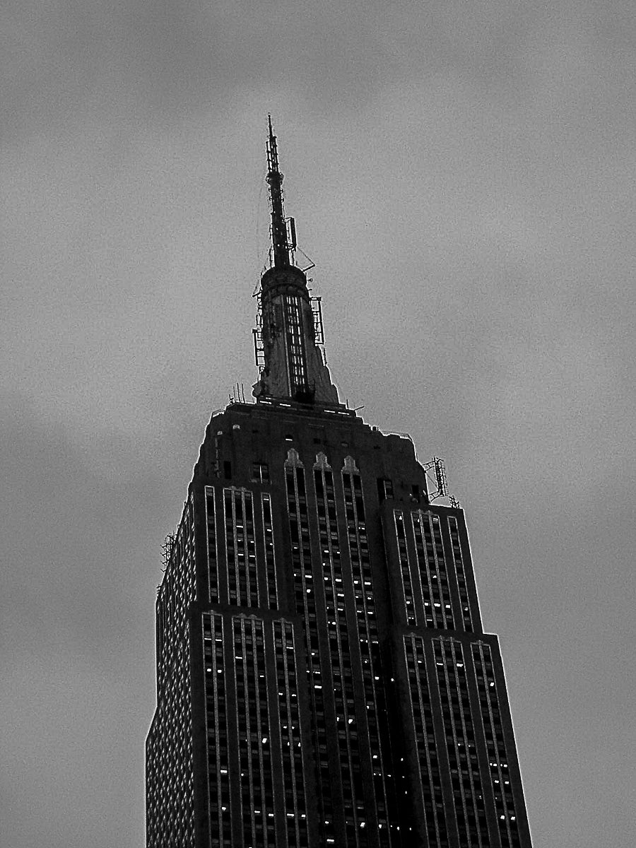 [ #NewYorkBetchesMobileCall ] Top of the Empire State Building.
