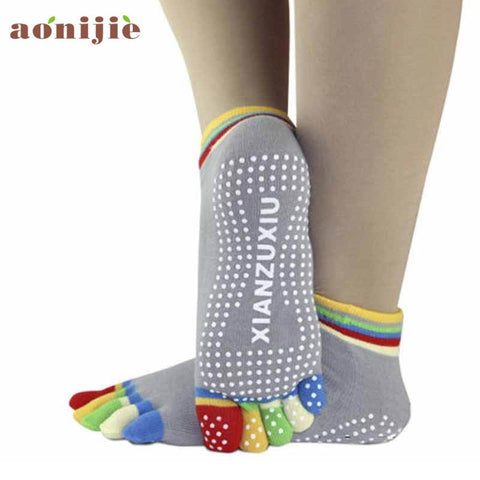 5-Toe Colorful Yoga Socks with Non-slip Soles