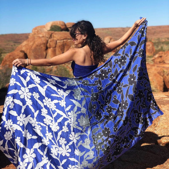 """Tropical Blues"" Hand-Painted Silk Sarong - LaViDaluxe"