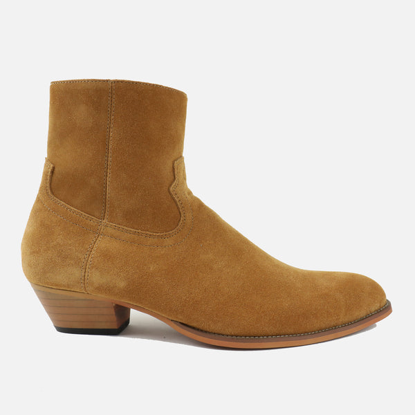 Western Boots in Tan