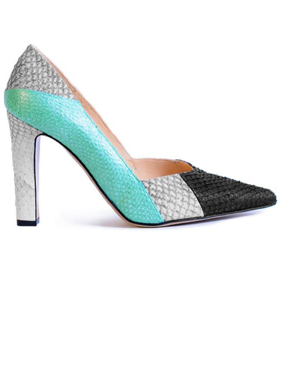 White and mint coloured sustainable pumps by ALINASCHUERFELD